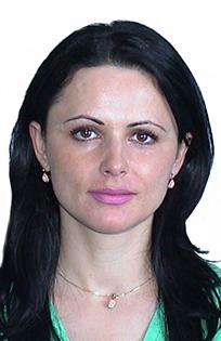 34 Dr Iulia Mitroi png